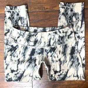 Lululemon marble print legging size 4